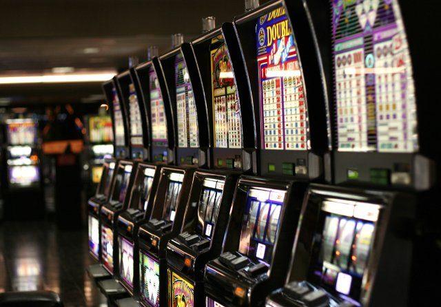 Игры на реальные деньги с казино Вулкан